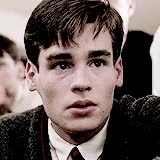 Watch and share Robert Sean Leonard GIFs on Gfycat