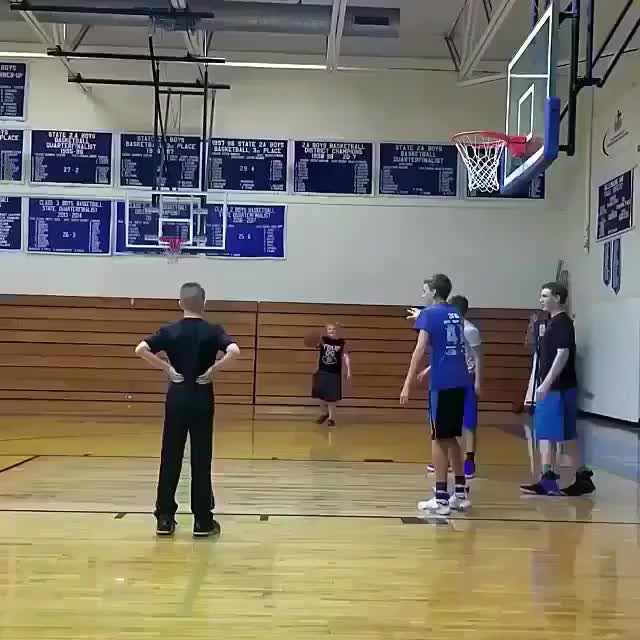 Watch Team Lift Dunk GIF by PM_ME_STEAM_K3YS (@pmmesteamk3ys) on Gfycat. Discover more related GIFs on Gfycat