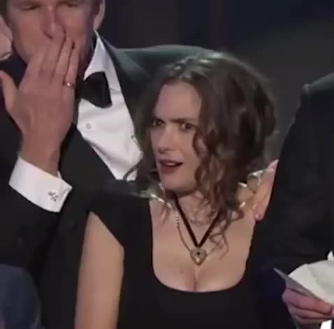 GIF Brewery, Stranger Things, confused, Winona Ryder SAG Awards GIFs