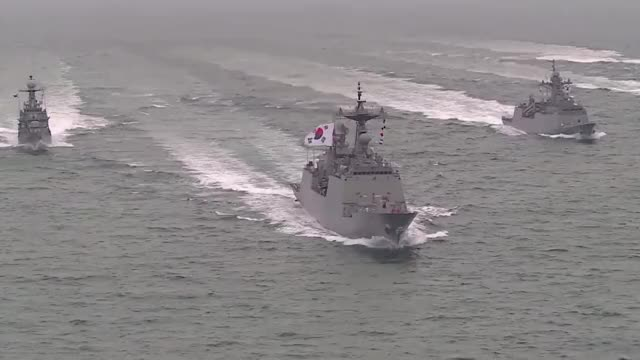 Watch and share South Korea GIFs and Military GIFs by mojave955 on Gfycat