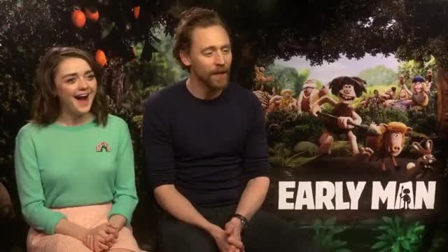 Watch and share Maisie Williams GIFs and Tom Hiddleston GIFs on Gfycat