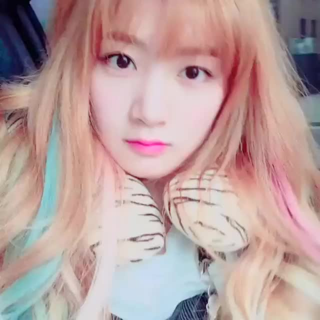 Watch and share Hellovenus GIFs and Kpop GIFs by dude_45 on Gfycat