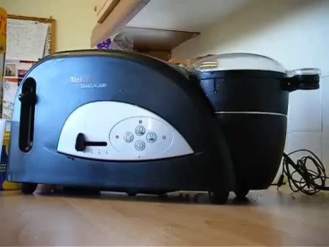 Tefal Toast 'n' Egg: Making a Poached Egg (reddit)