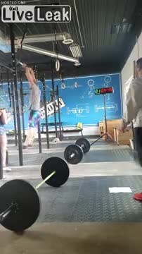 Using Momentum to do Pull ups, WCGW? GIFs