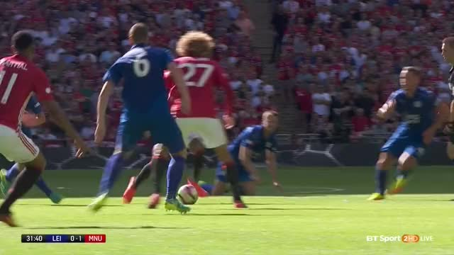 Watch and share 01 Lingard (3) (Community Shield) GIFs by mu_2016_17 on Gfycat
