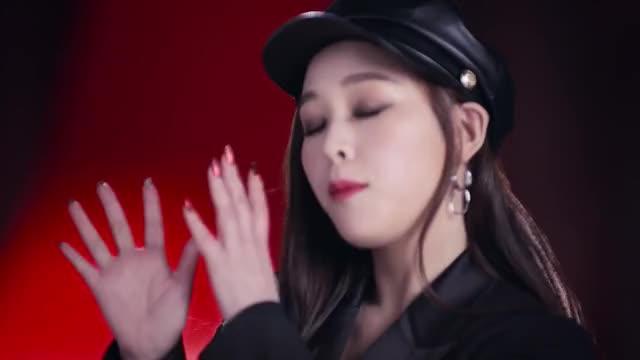 Watch and share 뮤직비디오 GIFs and 여자아이돌 GIFs on Gfycat
