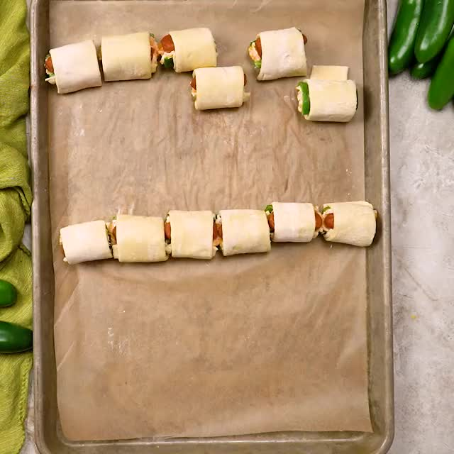 Watch this cooking GIF by Morgan Eisenberg (@morganeisenberg) on Gfycat. Discover more cooking, food, food recipes, foodporn, host the toast, jalapeno, party food, pigs in a blanket, poppers, recipe, recipes, super bowl GIFs on Gfycat