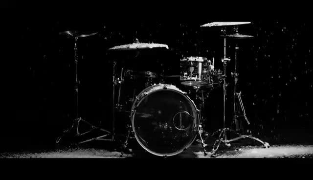 Scarlet Grey, Snowy Drums GIFs