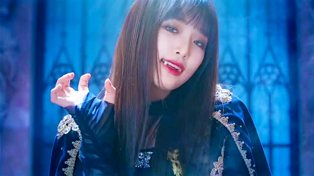 Watch and share Choi Yena GIFs and Izone GIFs by seyseysey on Gfycat