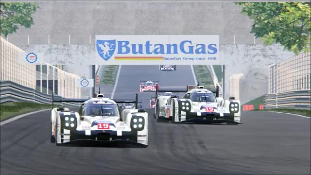 Watch and share Simracing GIFs and Racing GIFs by nzbanana on Gfycat