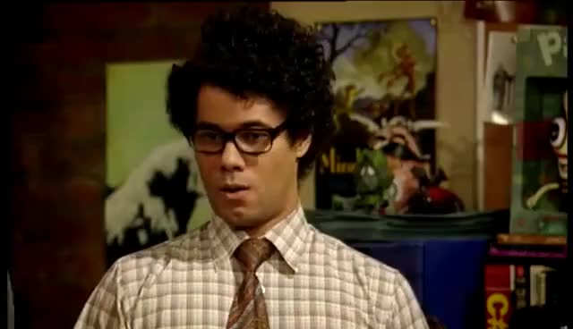 Watch moss head shake GIF on Gfycat. Discover more it crowd, richard ayoade GIFs on Gfycat