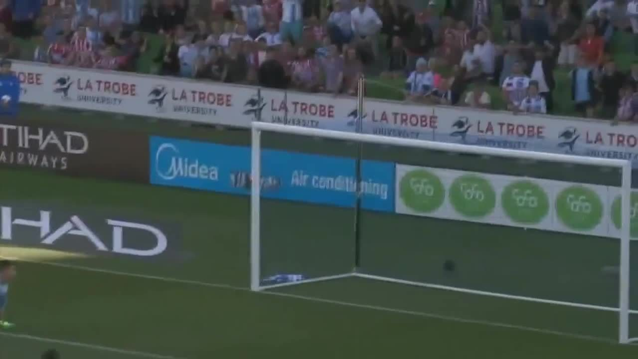 Melbourne City 1-1 Perth Glory - Mooy 48' GIFs