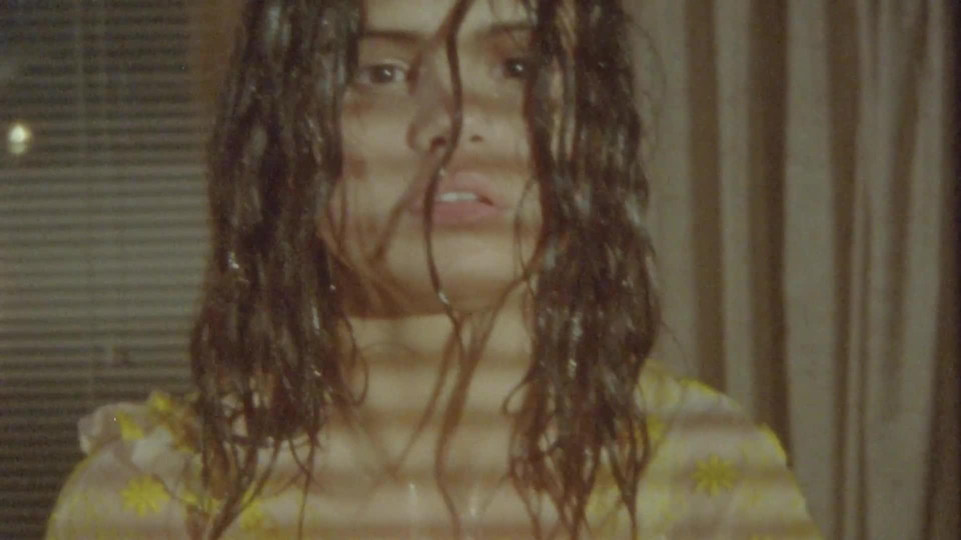 Selena Gomez quyến rũ đến mức nào trong MV mới nhất Fetish? ảnh 4