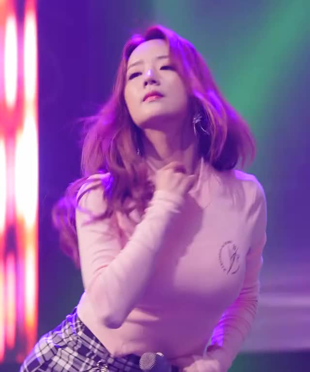 Watch and share Yoon Bomi GIFs and Apink GIFs by thebeast6781 on Gfycat