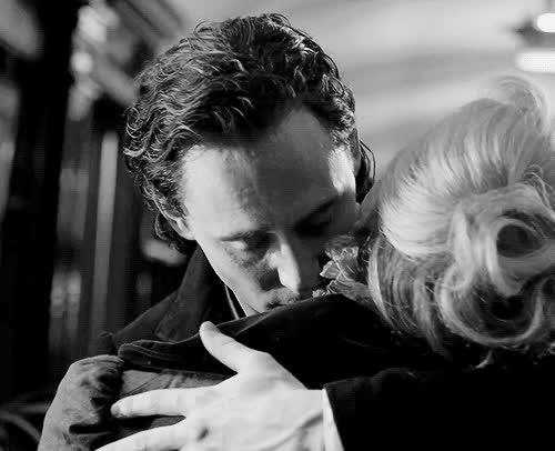 celeb_gifs, hug, hugs, loki, tom hiddleston, tomhiddleston, Tom Hiddleston GIFs
