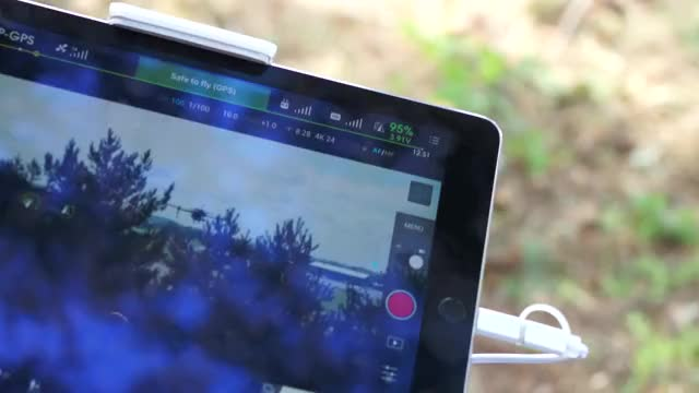 Watch and share Multicopter GIFs by rubinz on Gfycat