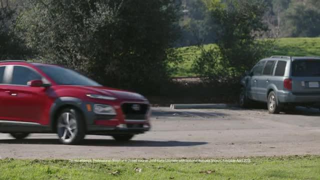 Watch Ref to the Rescue   2018 Kona   Hyundai NFL Super Bowl LII GIF on Gfycat. Discover more Hyundai, Hyundai Blue Link, Hyundai Kona, Kona, Kona Blue Link, SUV, first-ever Hyundai Kona, new Hyundai Kona, red Kona, small SUV GIFs on Gfycat