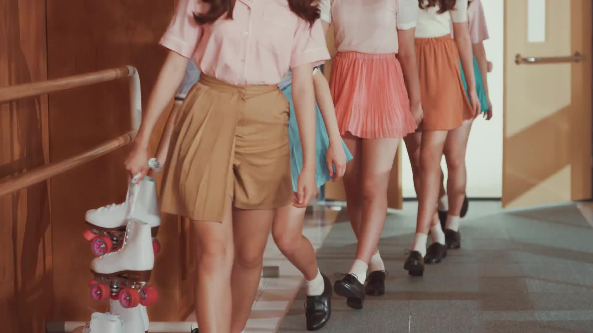 1theK, Kpop, MV, Teaser, loen, 로엔, 뮤비, 신곡, 원더케이, 티져, GFRIEND - Navillera  GIFs