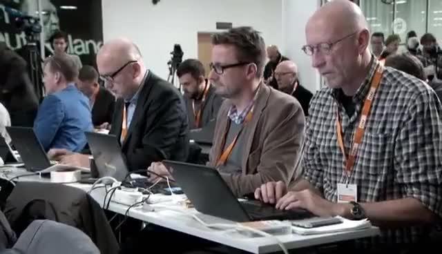 Nervöse Republik - Ein Jahr Deutschland GIFs