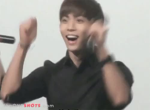 Watch mom computer GIF on Gfycat. Discover more bling bling, dino, excited, gif, i go crazy for shinee, jjong, jonghyun, kim jonghyun, korean pop, kpop, puppy, shinee, south korea GIFs on Gfycat