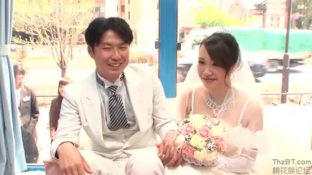 japanese Bride cucks her spouse