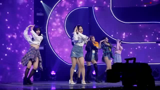 Watch and share Eunha GIFs by myblindy on Gfycat