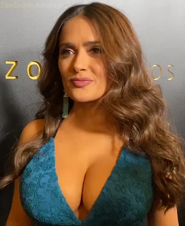 Watch and share Golden Globes GIFs and Salma Hayek GIFs by The Celebs Admirer on Gfycat