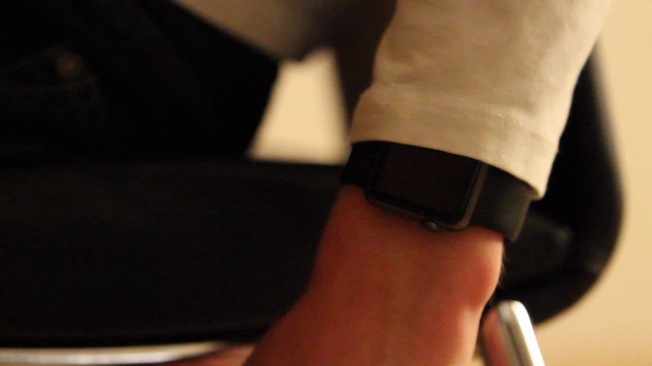 AppleWatch, applewatch, 'Stand' feature not working correctly (reddit) GIFs