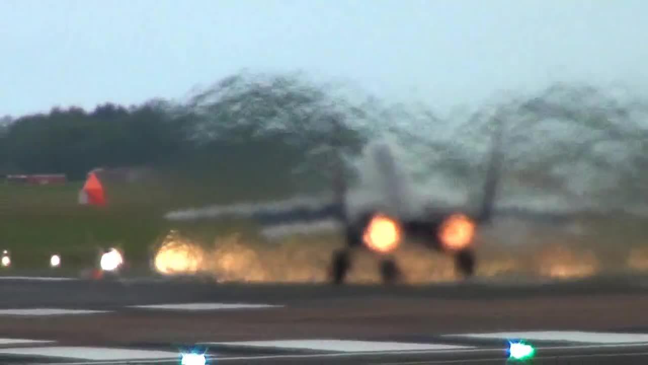 WarplaneGfys, warplanegfys, AMAZING MiG-29 Rocket Like Take-off. (reddit) GIFs