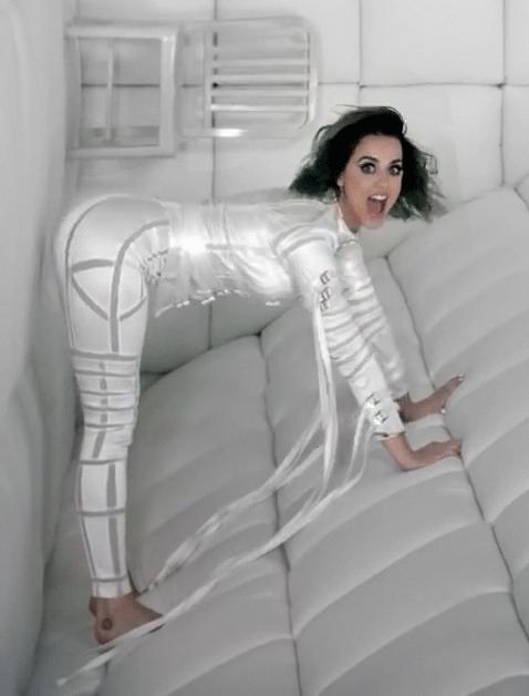 katyperry, More bent over Katy (reddit) GIFs