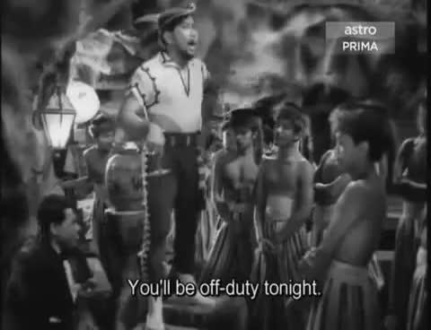 Watch and share Petikan Dari Filem Ali Baba Bujang Lapok (1961) - CinemaMalaysia.com.my GIFs on Gfycat
