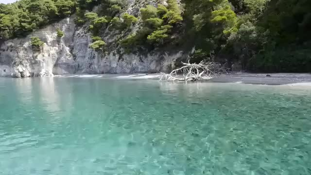 Watch this beach GIF by Наташа Лаврентьева (@cleopatra) on Gfycat. Discover more beach, nature, sea, 水, 海滨 GIFs on Gfycat