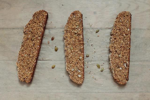 Spiced And Seeded Multigrain Loaf Golubka Kitchen Gif Gfycat