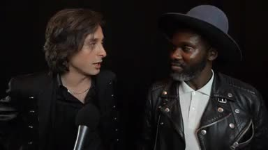 Watch x GIF on Gfycat. Discover more HOW SWEET, YES THEY ARE WORKING, carl barat, carl barât, gary powell, look at these two, the libertines GIFs on Gfycat
