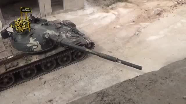 MilitaryGfys, destroyedtanks, FSA T-55 supposedly hitting a SAA T-72 [gfy] (reddit) GIFs