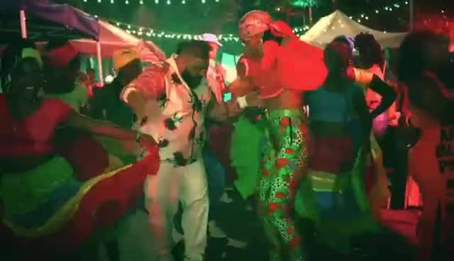 Dj Khaled, DJ Khaled - Wild Thoughts ft. Rihanna, Bryson Tiller GIFs