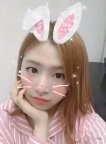 Watch and share Honeycam 2018-06-01 20-09-41 GIFs by 키키붐 on Gfycat
