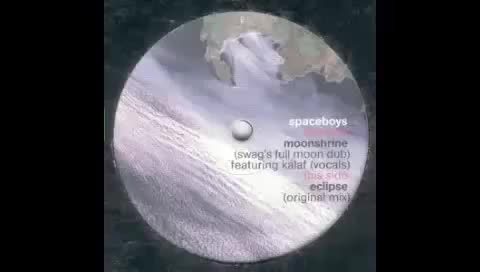 Spaceboys - Moonshrine (Swag's Full Moon Dub) [Lupeca, 2003] (reddit)