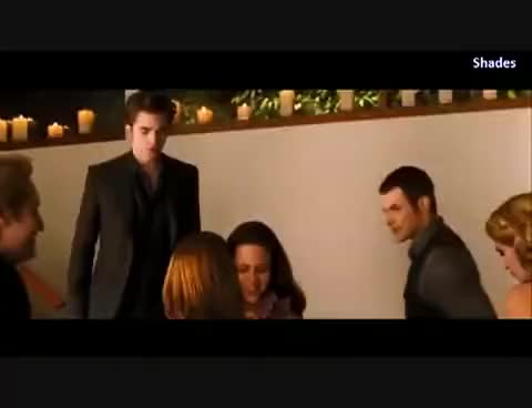Watch alice GIF on Gfycat. Discover more breaking, down, eclipse, mayer, moon, new, stephanie, twilight GIFs on Gfycat