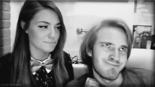 Watch tacohol GIF on Gfycat. Discover more couple, cute, cutiepiemarzia, felix kjellberg, funny, gifs, hair, hug, kiss, love, lovely, marzia, marzia bisognin, melix, my edit, perfect, pewdiepie, pewds, pretty, youtube, youtubers GIFs on Gfycat