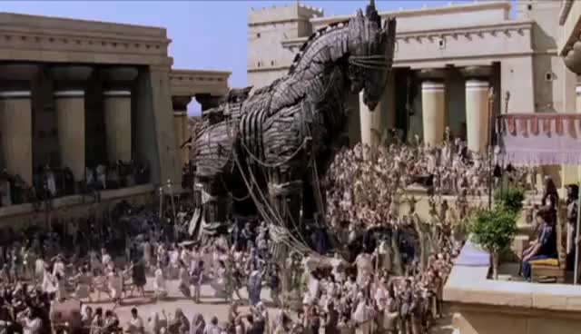 "Watch and share Trojan Horse Clip From ""Troy"" GIFs on Gfycat"