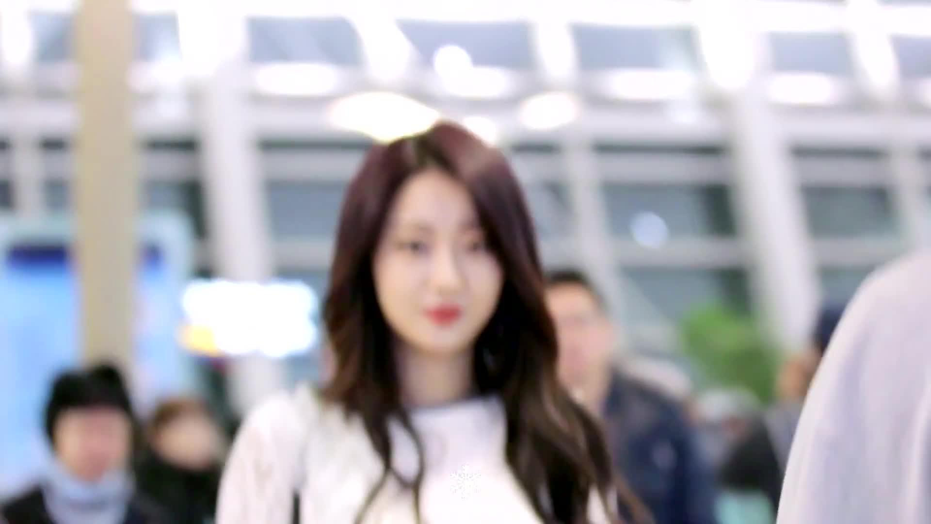 9muses, gyeongree, kpop, kyungri, Kyungri Blep GIFs