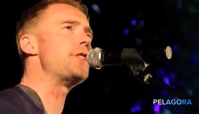 Ronan Keating, Looking Good.... GIFs