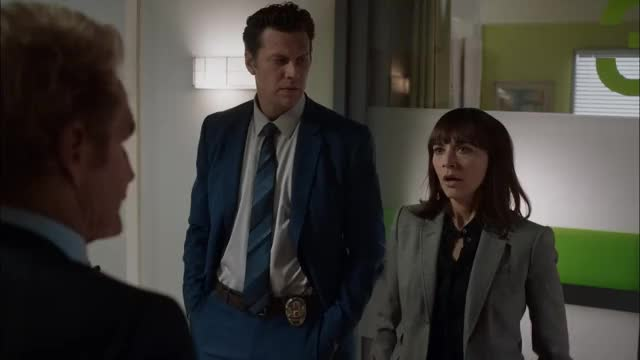 Watch and share Hayes Macarthur GIFs and Angie Tribeca GIFs by amMatt on Gfycat