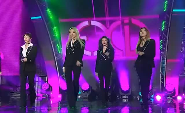 Watch and share Exid GIFs on Gfycat