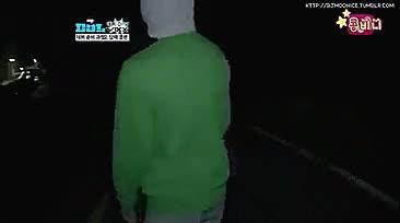 Watch Hyuk gifs GIF on Gfycat. Discover more chasang, hakyeon, hyuk, mother and son, mygif, nhyuk, vixx, vixx otp GIFs on Gfycat