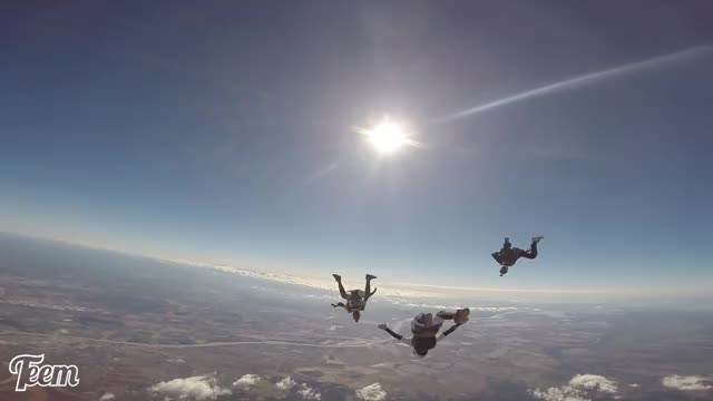 Watch and share I Love Skydiving GIFs and Extreme Sport GIFs by Kal on Gfycat