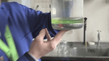 chemicalreactiongifs, Ammonium metavanadate reacting with mercury zinc amalgam GIFs