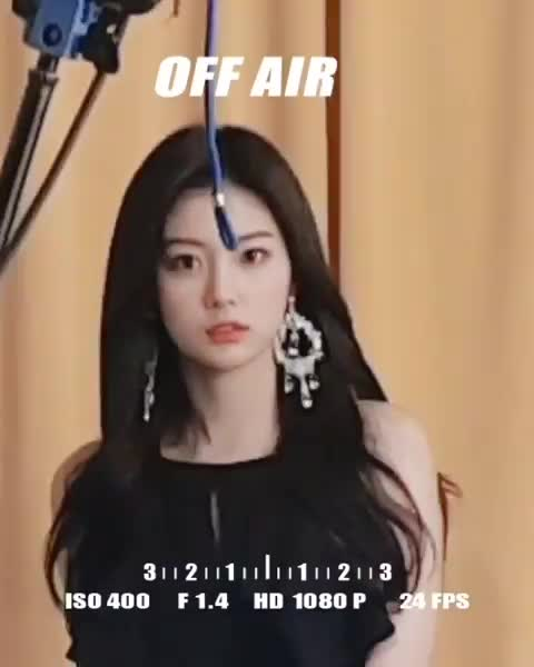 Watch and share Official Izone BxRXq71FG-G GIFs by Ley Ni on Gfycat