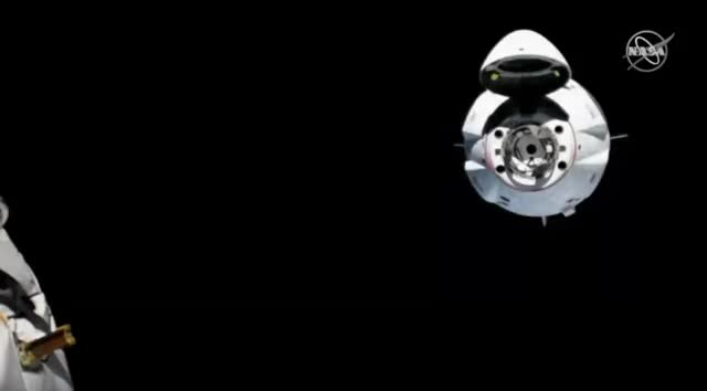Watch 16X speed: SpaceX's Crew Dragon spaceship docks to the International Space Station GIF by Dave Mosher (@davemosher) on Gfycat. Discover more astronauts, commercial crew program, docking, international space station, nasa, nasa tv, spaceships, spacex GIFs on Gfycat